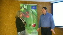 Rosa Oria (LIFE+ Zero Residues) y Javier Carroquino (LIFE+ Rewind) intercambian puntos de vista